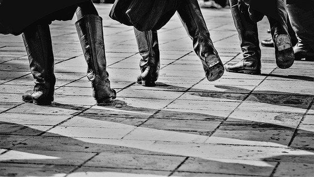 tanec folklór