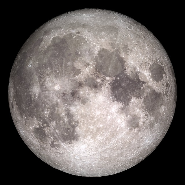 zemský měsíc