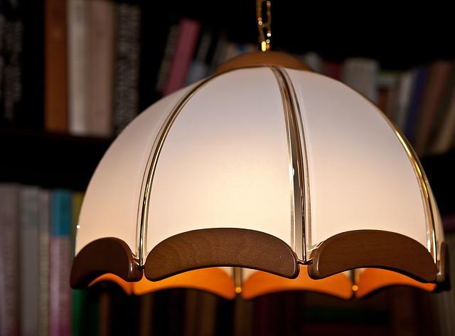 cylindr stropního svítidla